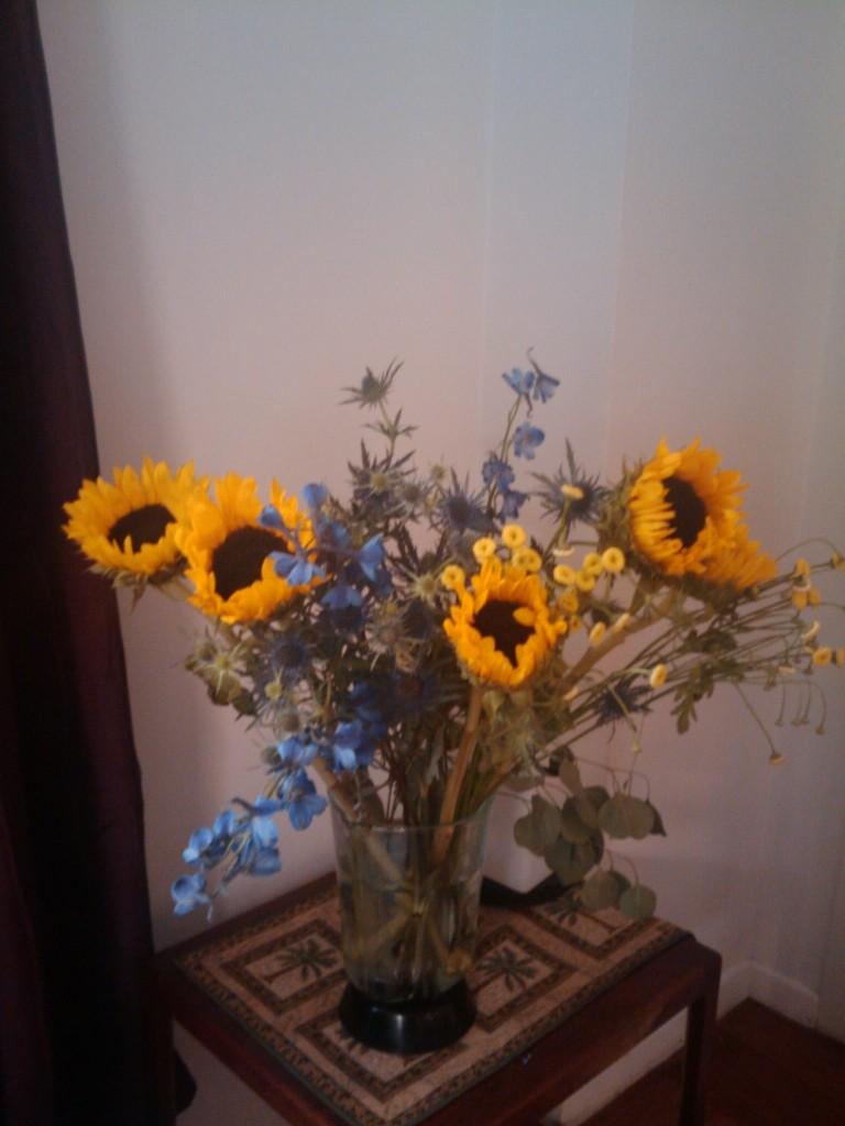 Sunflowers Scream Summertime